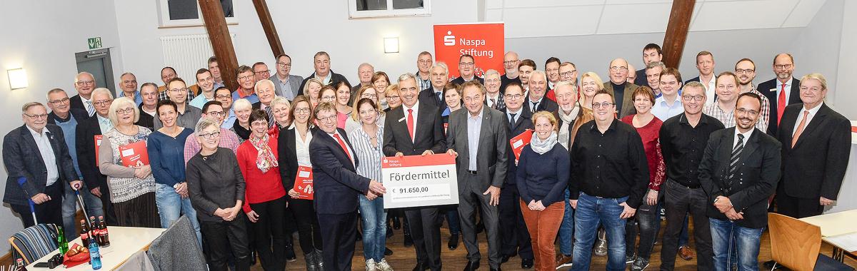 Klein-Limburg-Weilburg-Fördermittelübergabe-Naspa-Stiftung-Presse.jpg (06.12.2018 09:22)