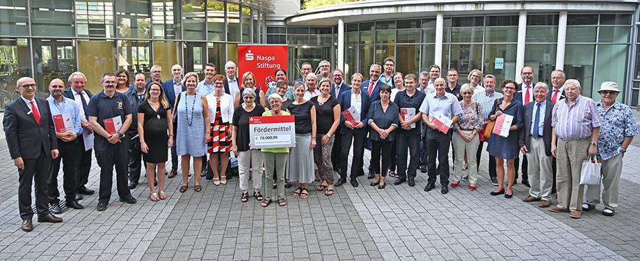 Pressefoto-Fördermittelübergabe-Hochtaunuskreis.jpg (29.08.2019 09:45)