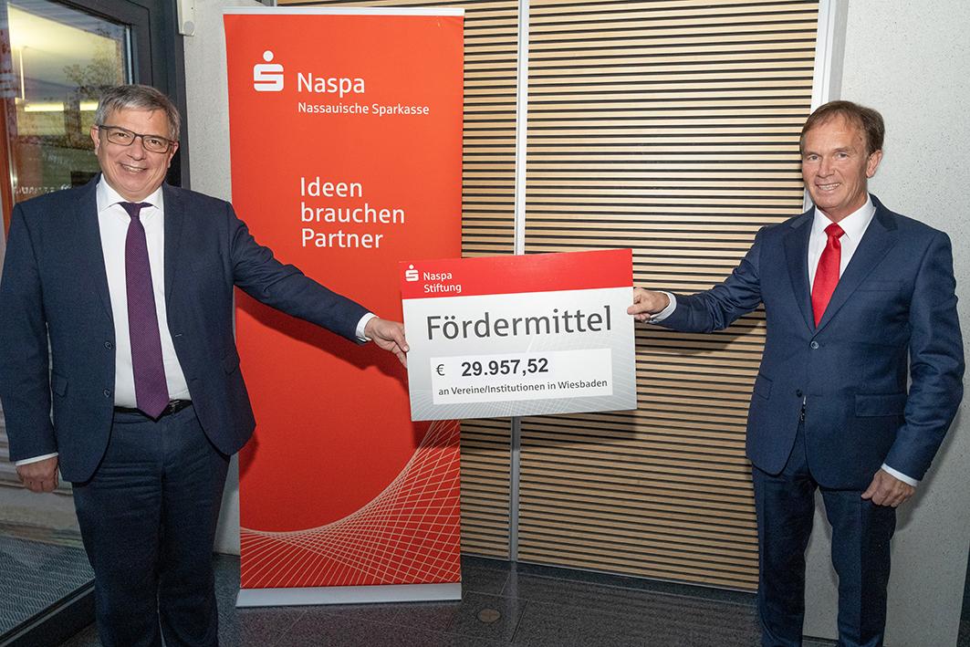 Presse-Wiesbaden-Fördermittel-Naspa-Stiftung.jpg (11.01.2021 11:08)