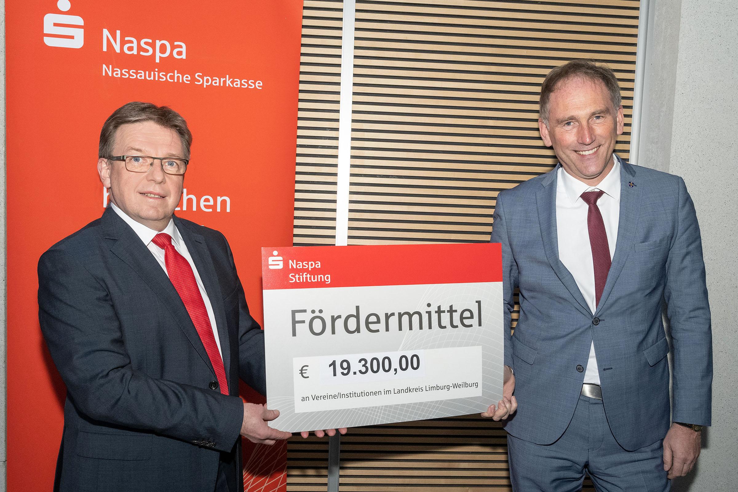 Presse-Limburg-Weilburg-Fördermittel-Naspa-Stiftung.jpg (11.01.2021 11:26)