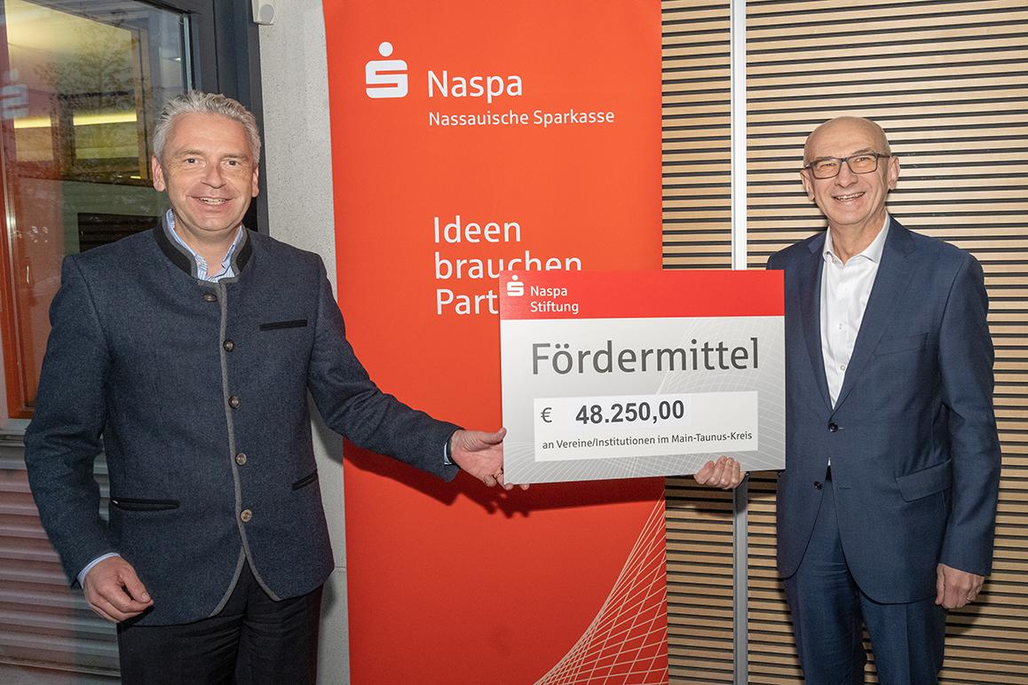 Presse-Main-Taunus-Kreis-Fördermittel-Naspa-Stiftung.jpg (11.01.2021 11:33)