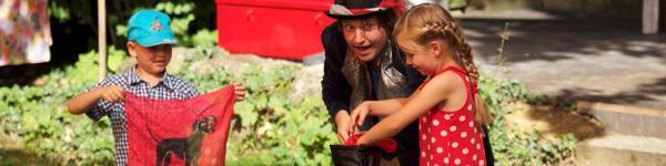 """Theatersommer im Cluss Garten<br/>""""Kalle Blomquist"""""""